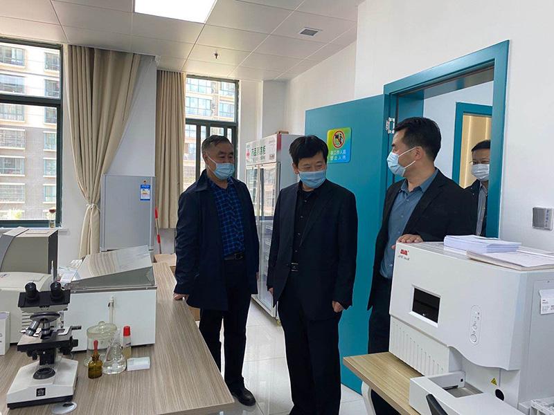 王文生到宝钛医院高新分院参观考察