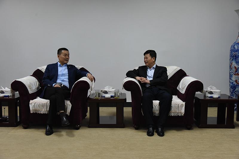 渭滨区委书记张德科来公司慰问